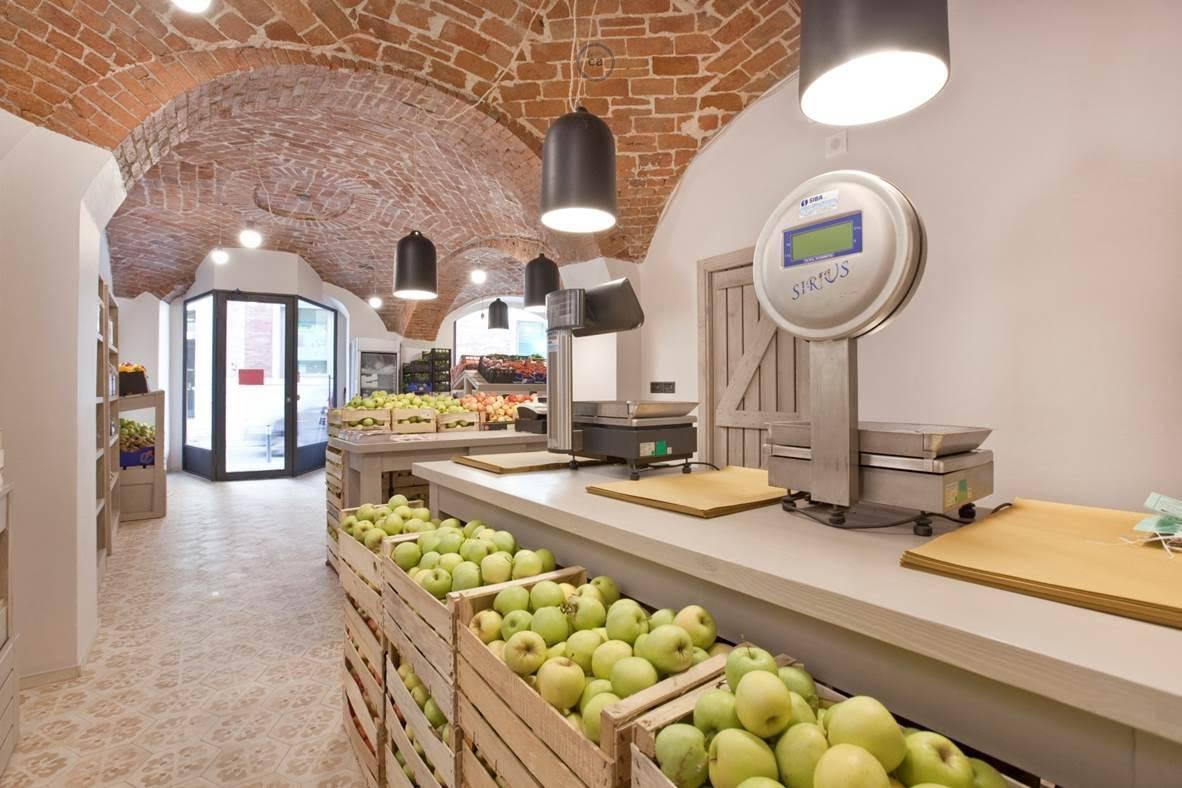 Arch. Pinuccio Marchelli: progetto per un negozio di frutta e verdura - Creat...