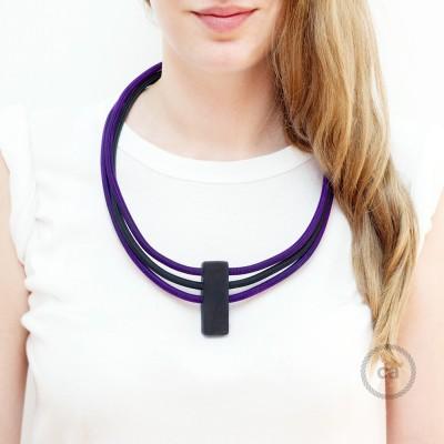 Collana Circles colori: Viola RM14 e Nero RM04.