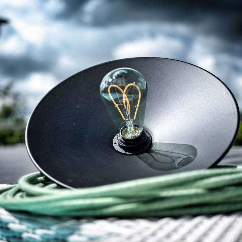 EIVA ELEGANT, kit portalampada outdoor per paralume E27 in silicone - il primo portalampada IP65 cablabile al mondo