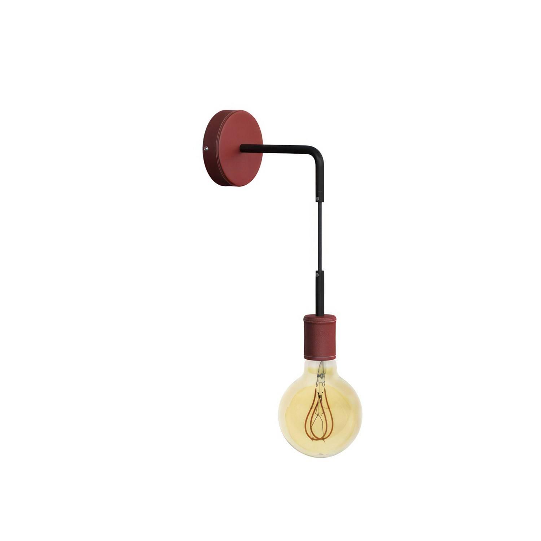 Fermaluce Leather, lampada a muro in legno rivestito di pelle con estensione curva e cavo tessile