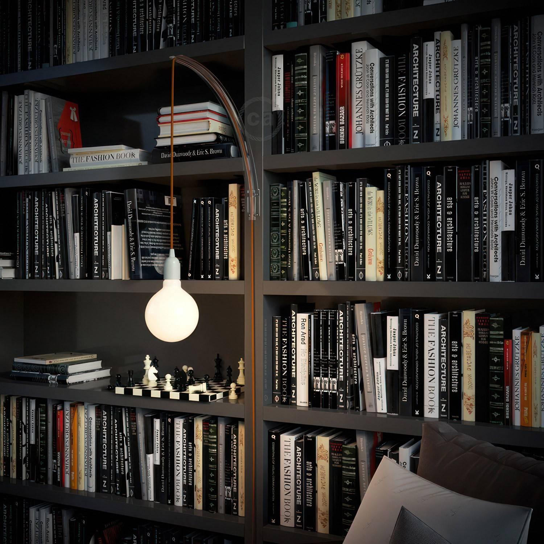 Archet(To), supporto a muro trasparente per lampade a sospensione