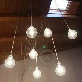 Federico Micheli: installazione geometrica a goccia