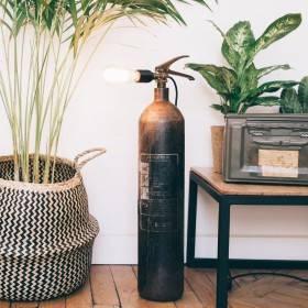 Be Creative #8: la lampada estintore di A-broad studio
