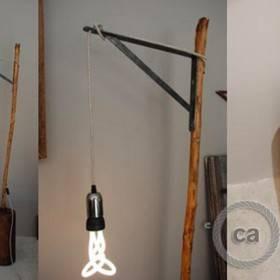 Anna-Lyse Jeandel: lampada in legno striato