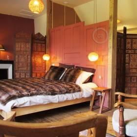 #BeCreative: Domaine de la Jordanne - Elegante camera d'albergo
